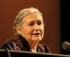 Doris Lessing, 2007