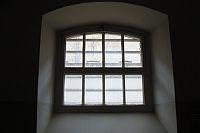 Cellevindue, Fængslet
