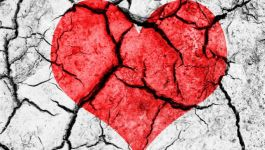 broken-heart-wall-picture_150